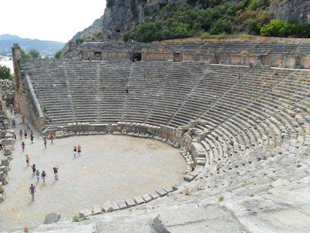 Античный амфитеатр в г. Мира