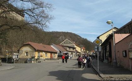 Карлштейн - дорога к замку