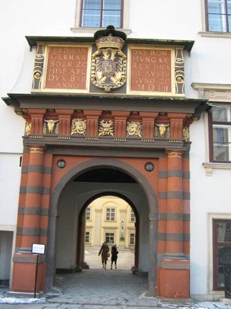 Швейцарские ворота - вход в Шатцкаммер