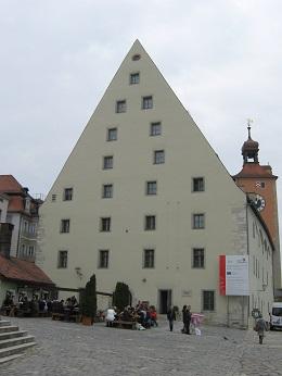 Историческая колбасная в Регенсбурге