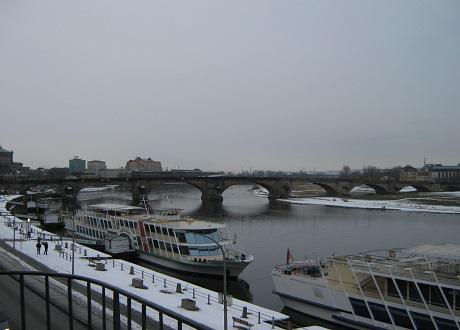 Аугустусбрюкке - мост через Эльбу