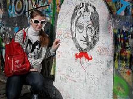 Прага. Джон Леннон