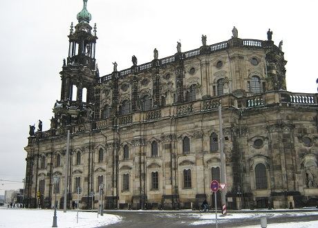 Хофкирхе - кафедральный католический собор в Дрездене