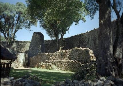 Каменные сооружения Зимбабве