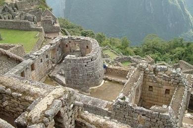 Мачу-Пикчу. Древние руины