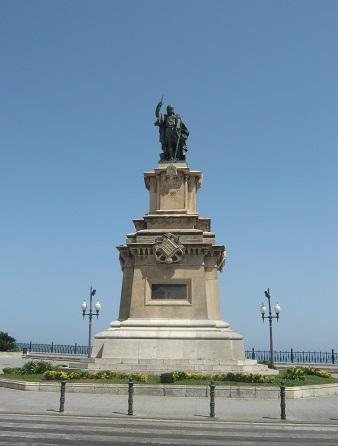 Памятник адмиралу Руджеро ди Лауриа