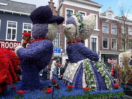 Парад цветов в Голландии - 2017